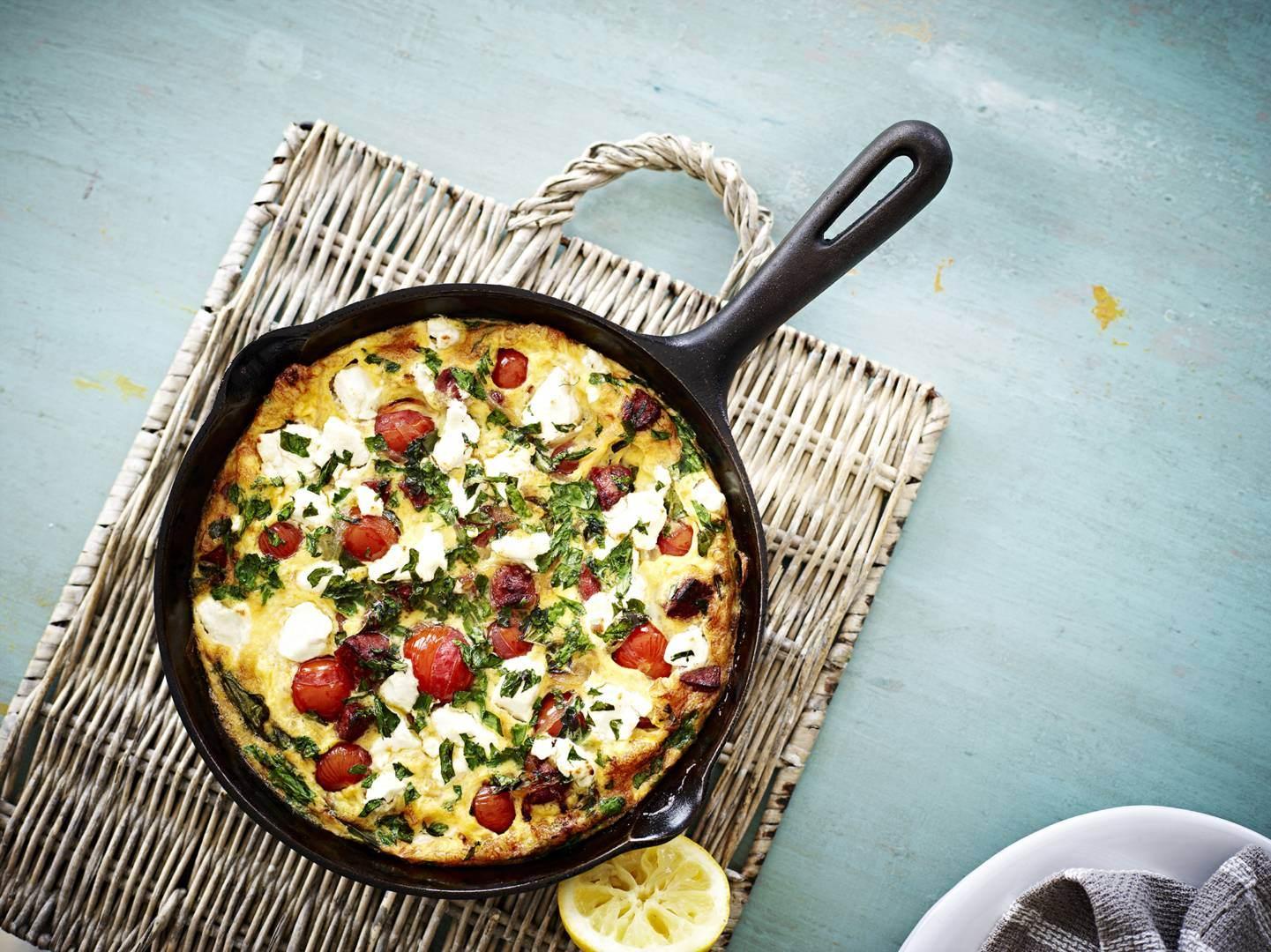 Chorizo tomato pan omelet